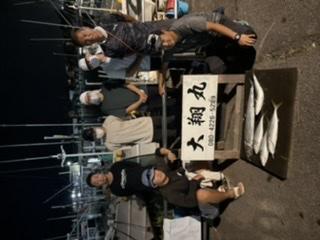 三重県|津大翔丸 港出て直ぐのサワラボイルに遭遇